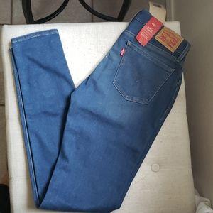 Brand new Levi's Jeans